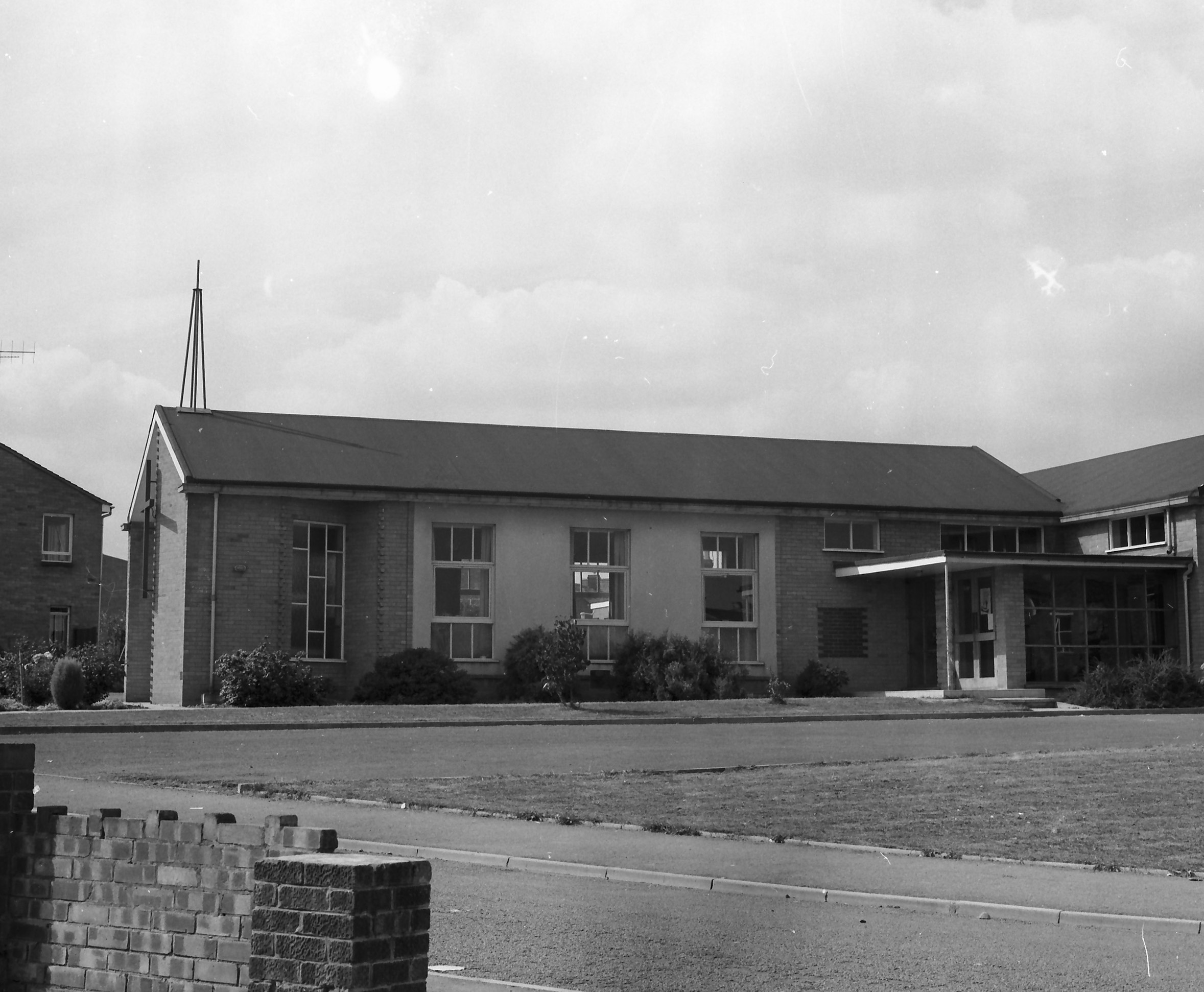 Whitnash-Methodist-church-1967