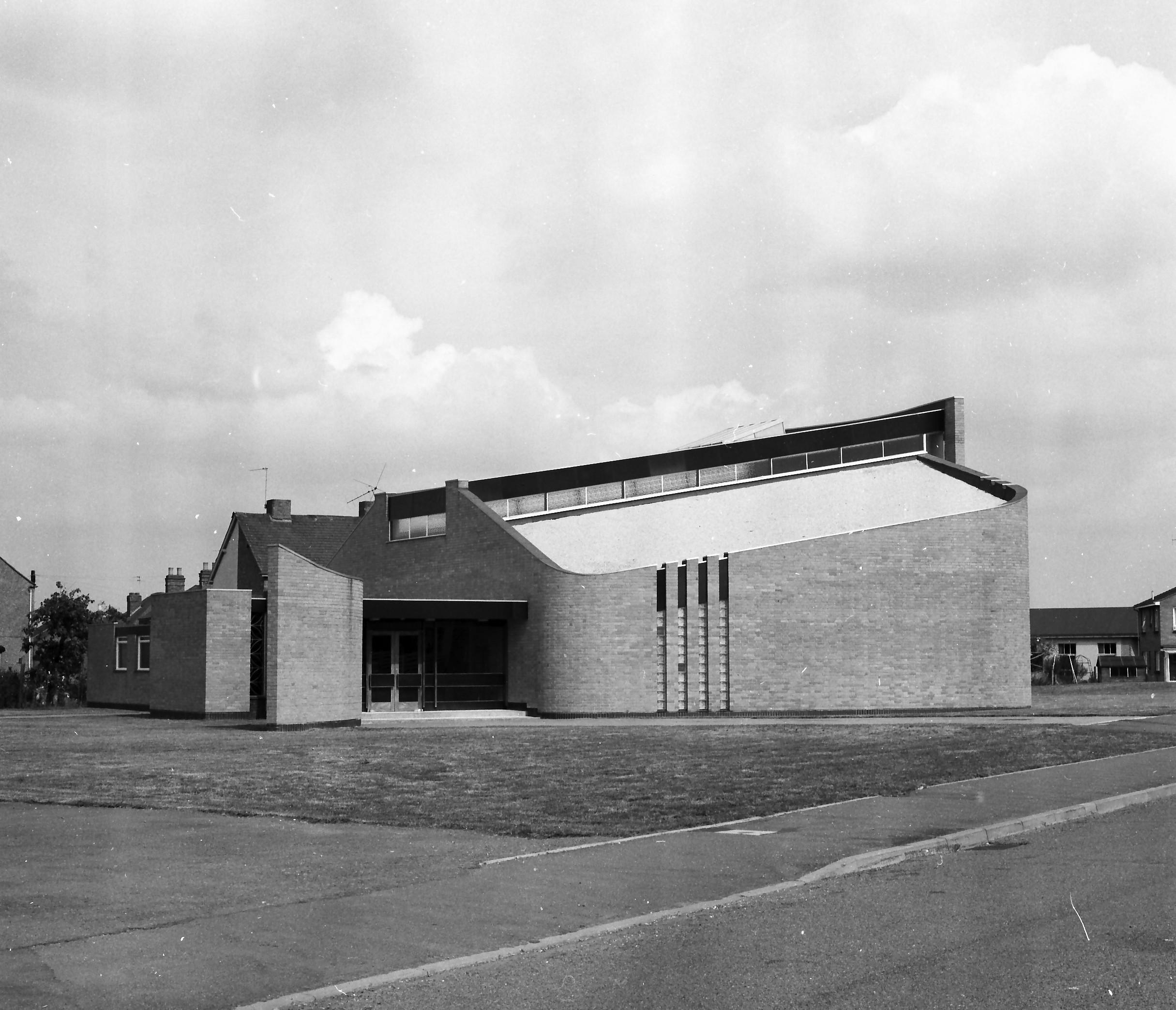 Whitnash-Catholic-church-1967